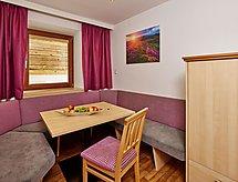 Ferienwohnung Superior Apartment 5 Personen