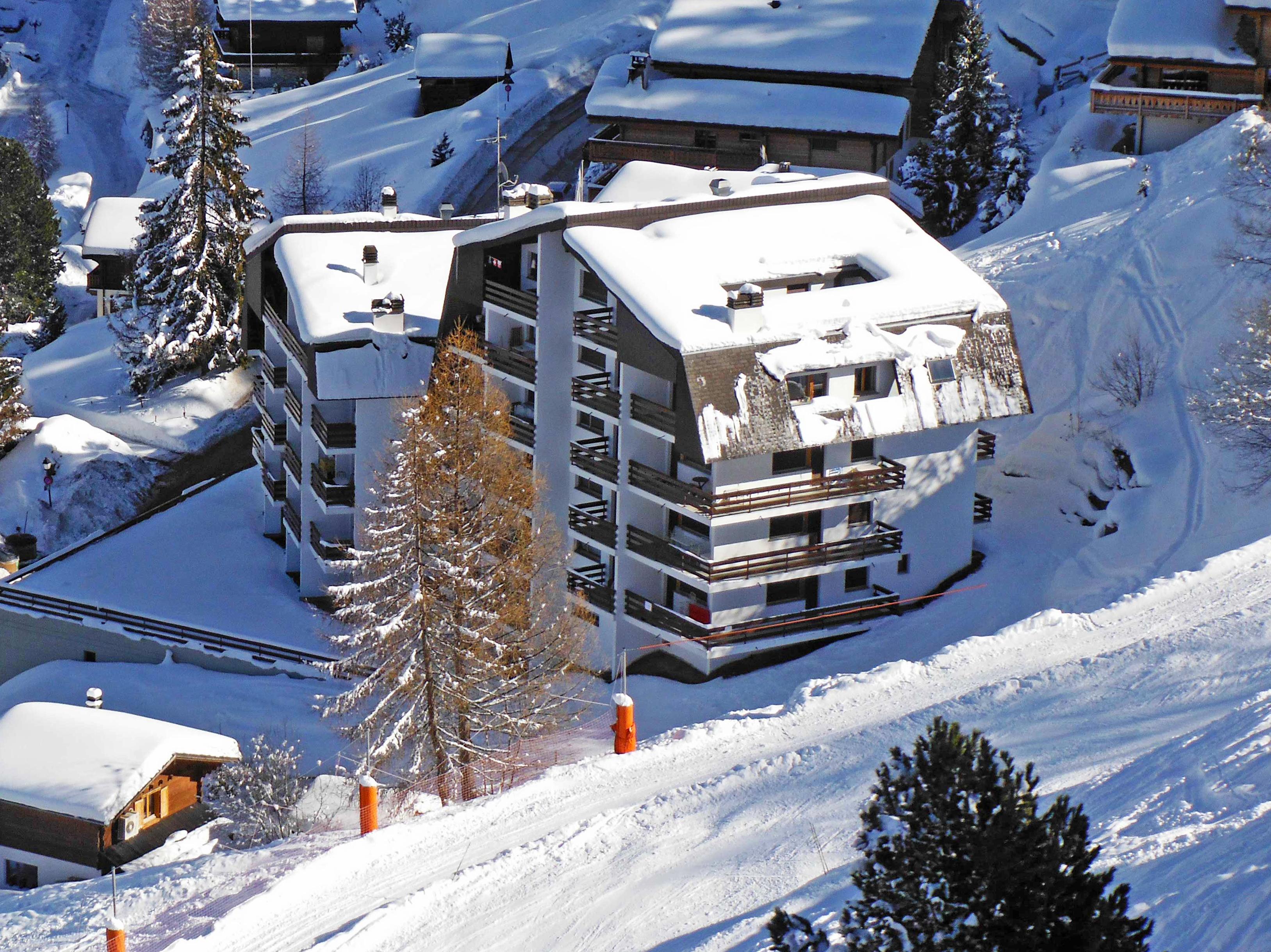 Appartement mont parrain/apt 19 in la tzoumaz, zwitserland ch1914 ...