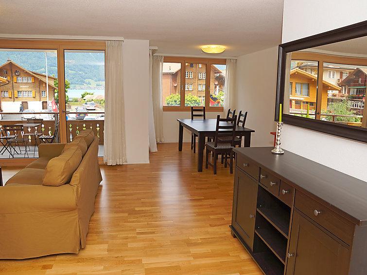 ferienwohnung 39 tannhorn 667679 39 iseltwald thunersee brienzersee berner oberland schweiz. Black Bedroom Furniture Sets. Home Design Ideas