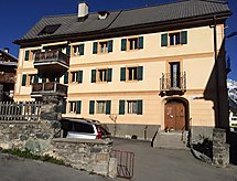 Sent - Appartement Ferienwohnung Chasa Werro