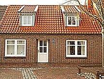 Dornumersiel - Ferienhaus Haus am Schloss