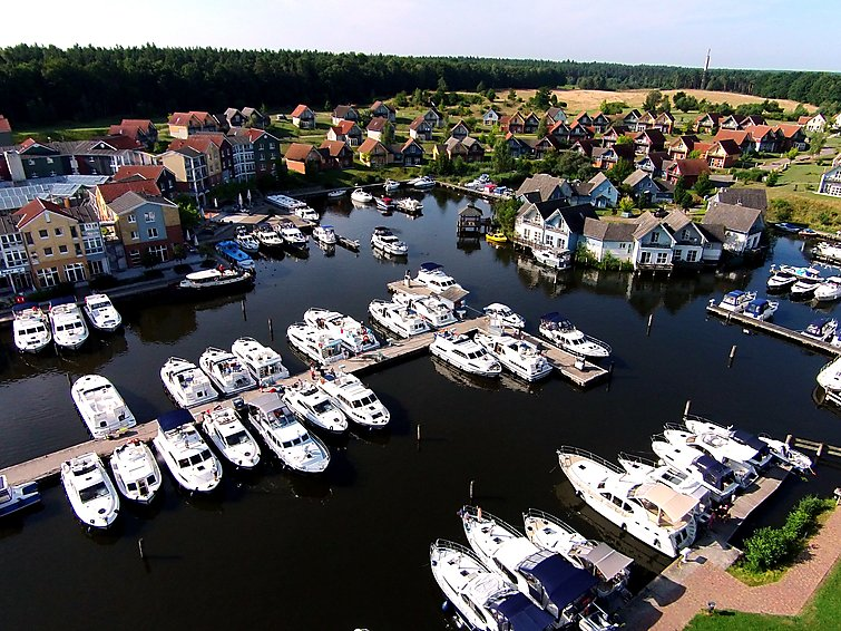 Apartment (4p) with a nice view over the marina at holidaypark Marina Wolfsbruch (I-171)