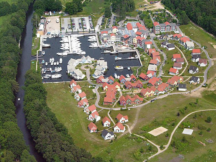 Vakantiehuis voor watersport liefhebbers op vakantiepark Marina Wolfsbruch (I-174)