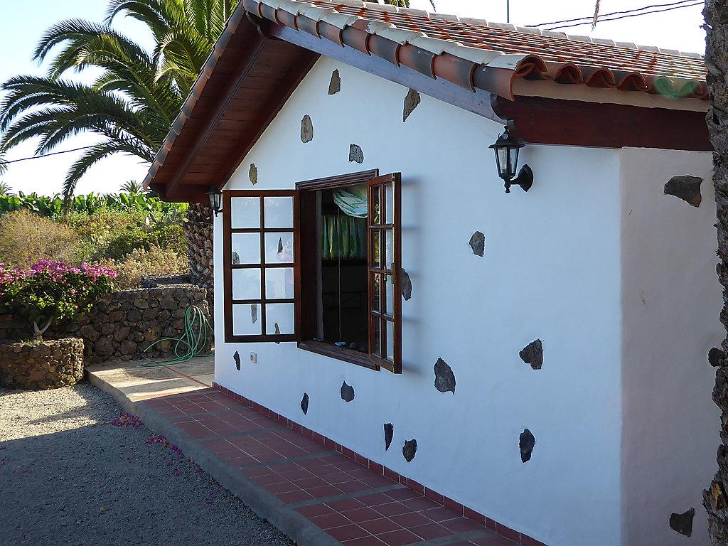 ferienhaus landhaus icod in bananenplantage teneriffa. Black Bedroom Furniture Sets. Home Design Ideas