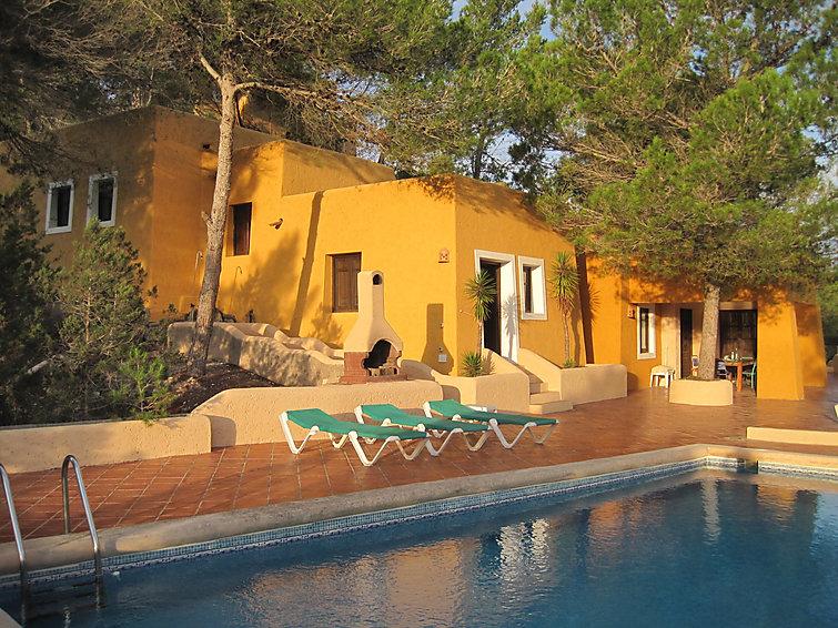 Ibiza,Santa Gertrudis de Fruitera.Can Mari