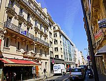 Paris/8 - Apartment Berri 1