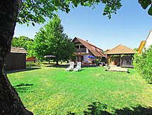 Balatonalmadi - Holiday House