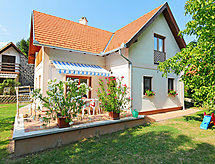 Balatonfured/Balatonakali - Holiday House
