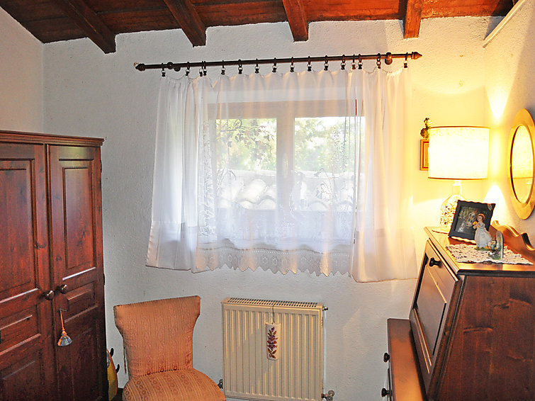 ferienhaus basili macerata binnenland. Black Bedroom Furniture Sets. Home Design Ideas