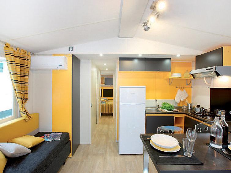 ferienhaus castiglioncello livorno. Black Bedroom Furniture Sets. Home Design Ideas