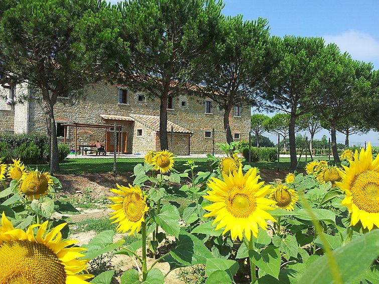 giada-typical-farmhouse