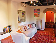 Rome: Historical City Center - Apartment Trastevere Enchanting Balcony