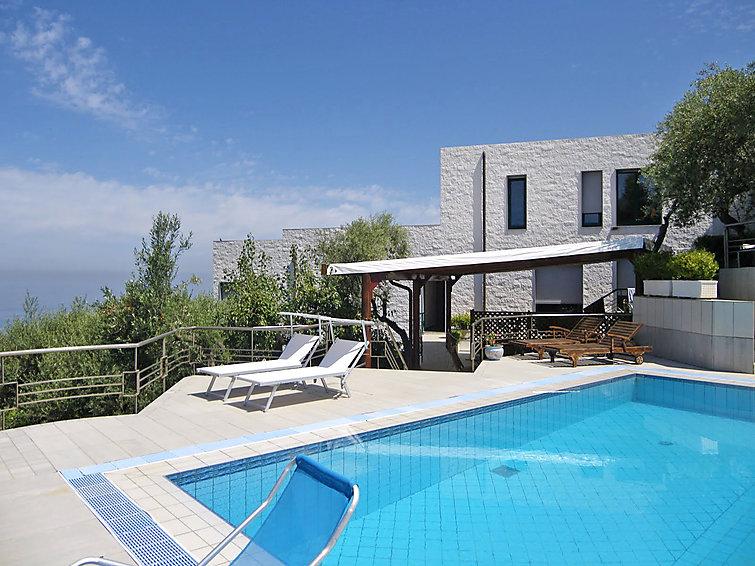 Villa La Solaria (18p) met prive zwembad en prachtig uitzicht in Italie (I-713)