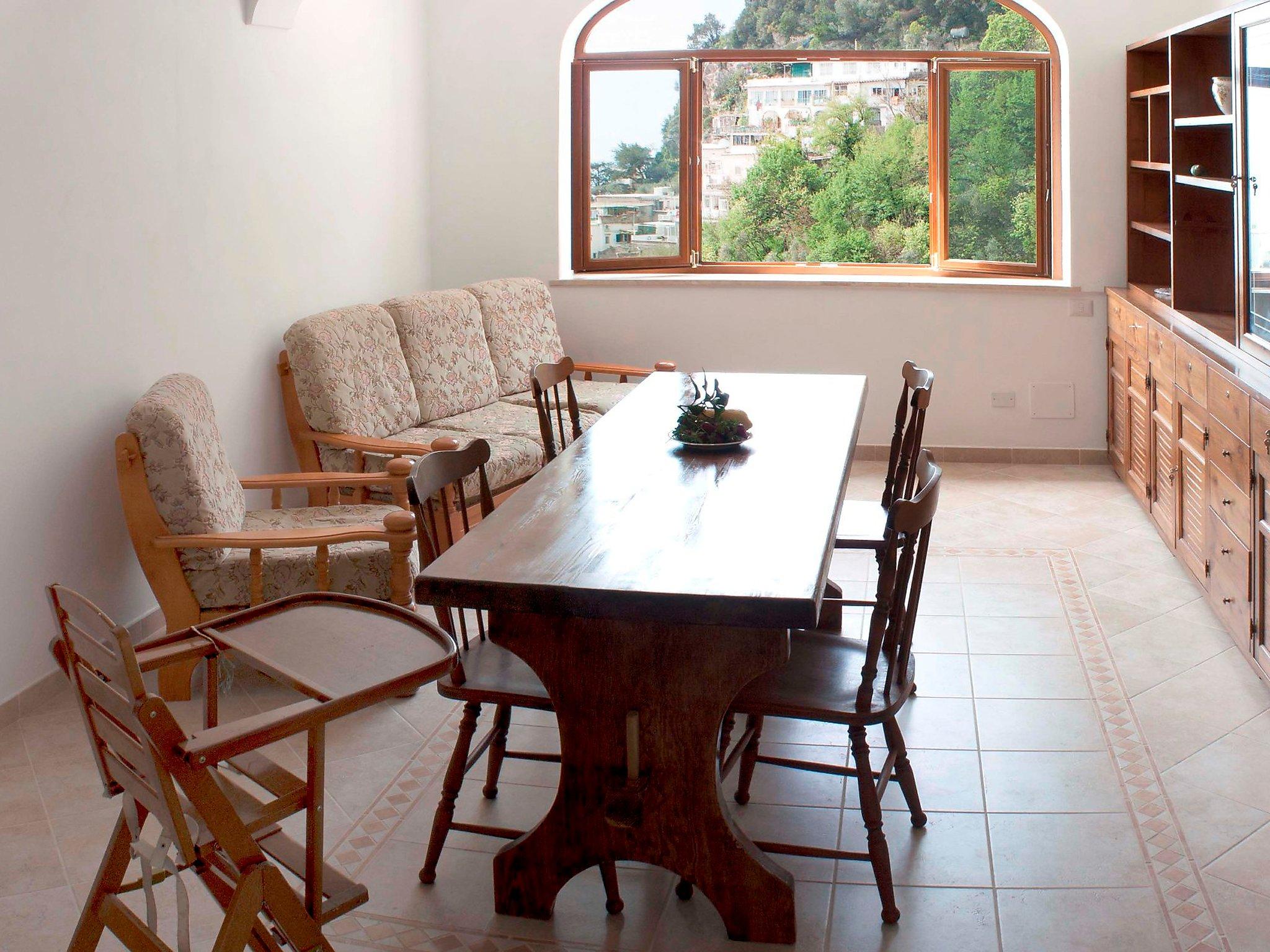 Positano, Italy Apartment #RU149085