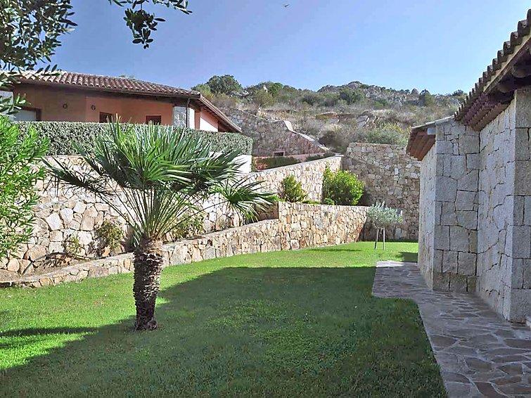Vakantie villa Porto Coda (6p) met uitzicht op zee op Sardinie Italie (I-749)