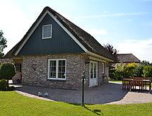 Paasloo - Holiday House De Weerribben