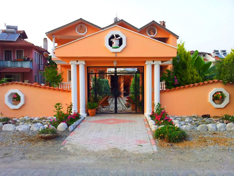 dalyan-palace