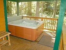 Ferienhaus 78SL Country Cabin with a Hot Tub