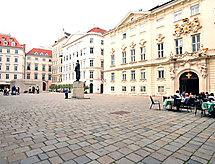 Judenplatz interneten keresztül és káddal