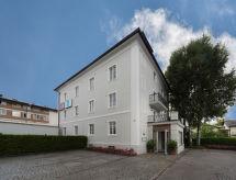Salzburg - Ferienwohnung Steinway