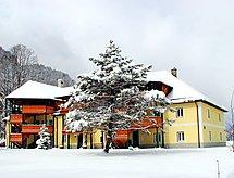 Forsthaus blizu skijaškog područja i za sanjkalište