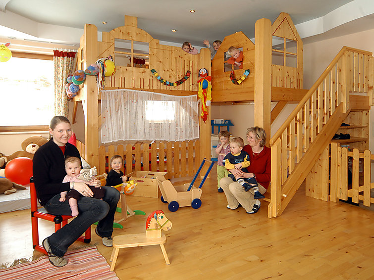Flachau accommodation chalets for rent in Flachau apartments to rent in Flachau holiday homes to rent in Flachau