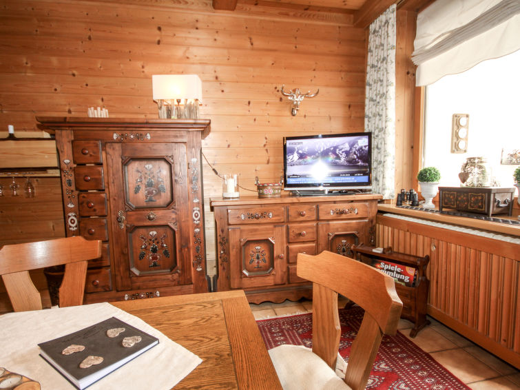 Apartment Holiday in Zell am See, Austria AT5700.208.5 | Interhome