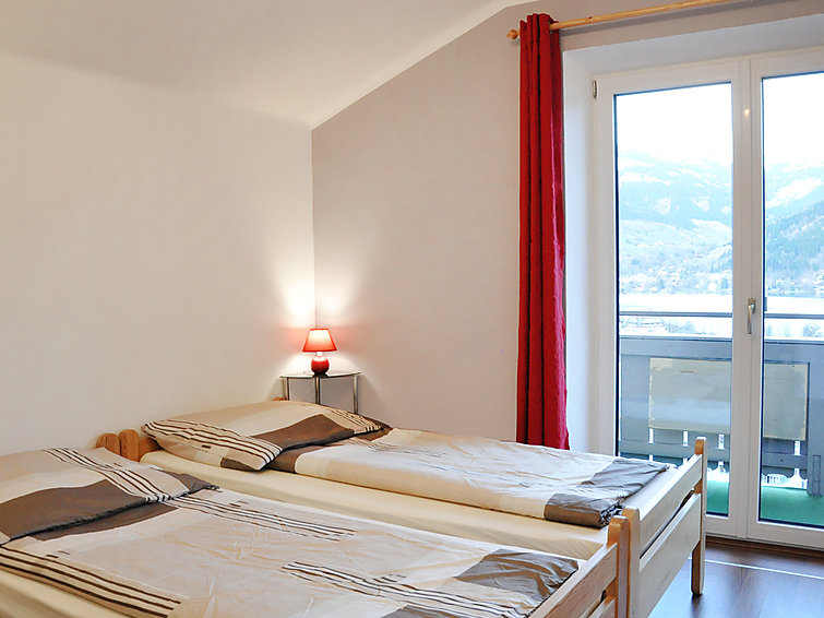 zell am see gay singles Our comfortable single rooms economy with double bed (160x200cm) have just been newly renovated the rooms have a bathroom with bathtub, toilet, hair-dryer, safe.