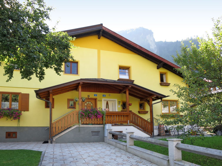 Kaprun accommodation chalets for rent in Kaprun apartments to rent in Kaprun holiday homes to rent in Kaprun
