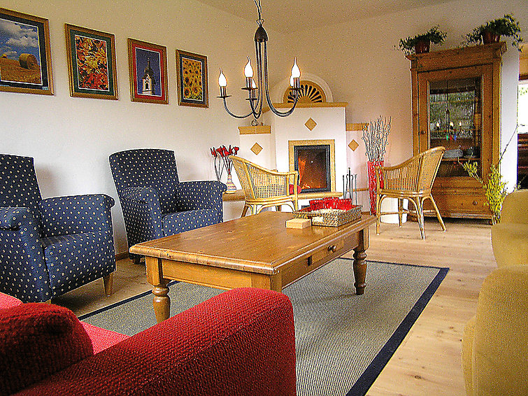 Haus am Sonnenhang (8p) childfriendly and with sauna in Salzburgerland (I-344)