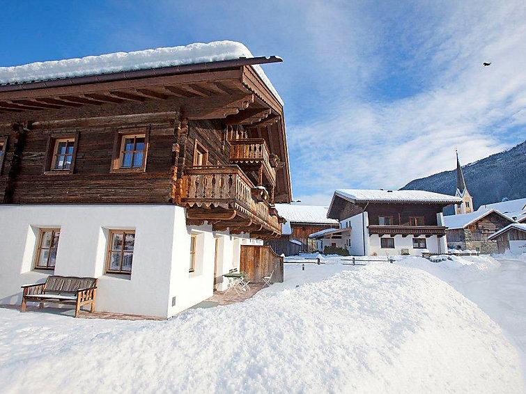 Slide2 - Neuhaushof