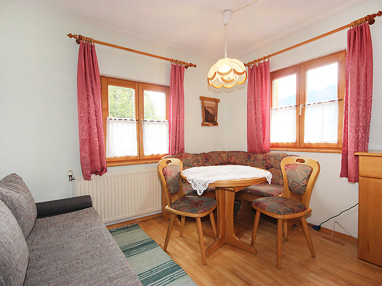 Saalfelden - Leogang accommodation chalets for rent in Saalfelden - Leogang apartments to rent in Saalfelden - Leogang holiday homes to rent in Saalfelden - Leogang