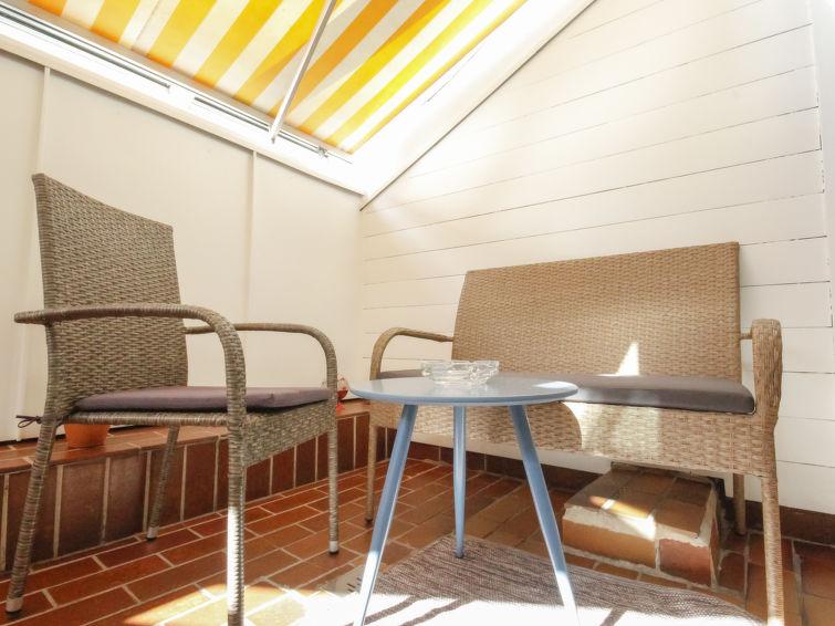 Slide6 - Charming Home-Inn