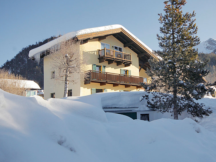 Apartment Arthur (5p) with sauna at the ring in Tirol, Austria (I-410)