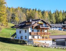 Seefeld in Tirol - Apartment Renauer