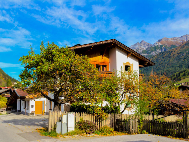 Neustift accommodation chalets for rent in Neustift apartments to rent in Neustift holiday homes to rent in Neustift