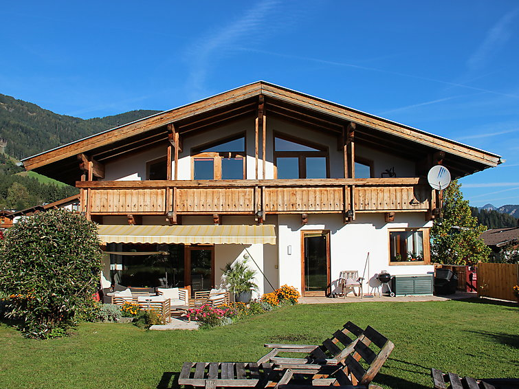 Zillertal Arena wintersport apartment Berndt for 4 persons at the ski area of Fugen (AT6263.370.2 )
