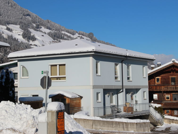 Cozy holidayhome Wetscher for 8 persons at 300 meter from the skiring in Tirol (AT6263.380.2 )