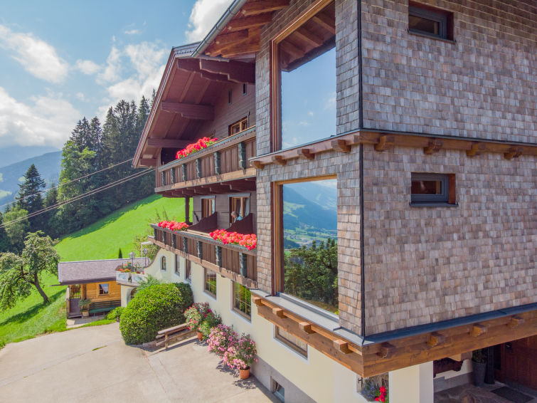Brandegg - Slide 3