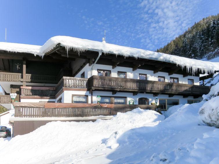 Steinerhof - Slide 2