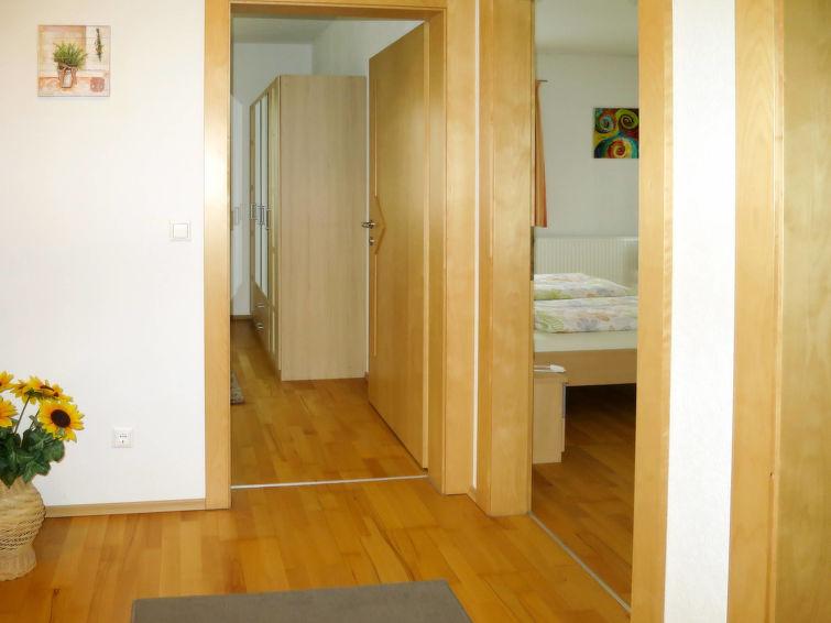 Haus Ruech - Slide 5