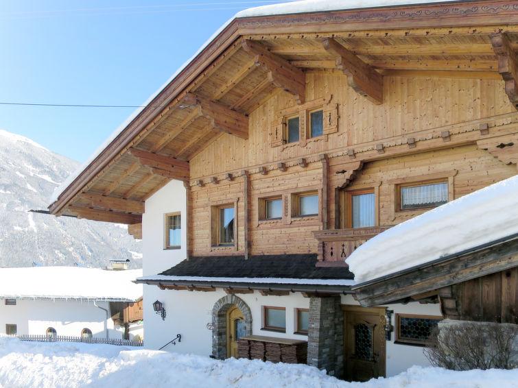 Haus Häuser (RDI150) - Apartment - Ried im Zillertal