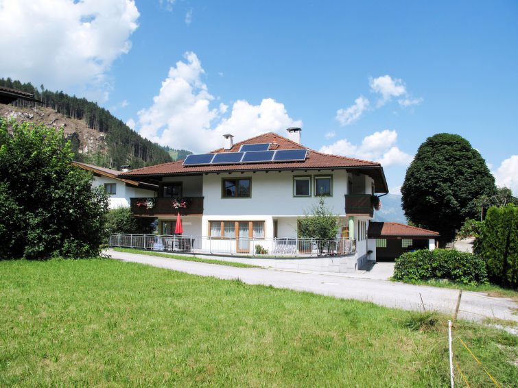 Haus Sonne (ZAZ682) Apartment in Zell am Ziller