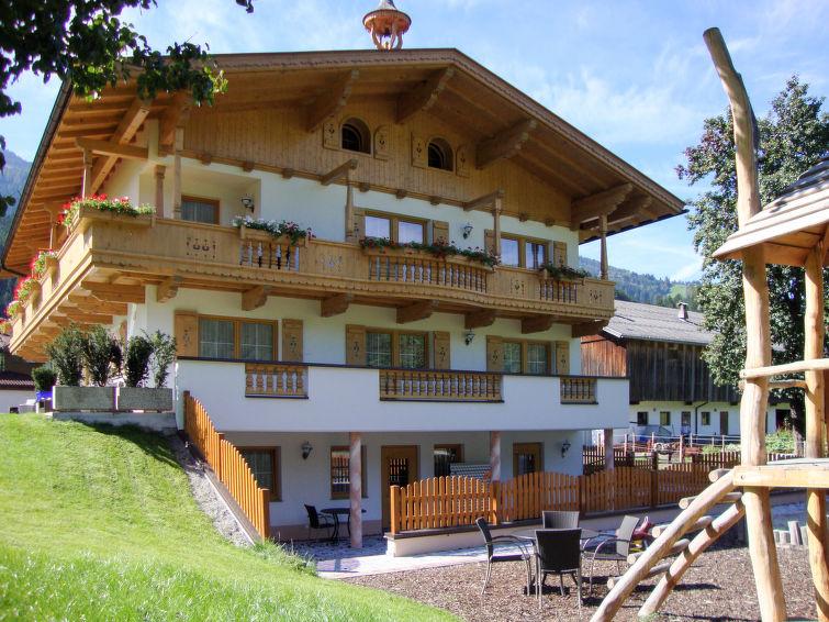 Zillerblick West (ZAZ557) Apartment in Zell am Ziller