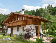 Haus Berghof con parking y balcón