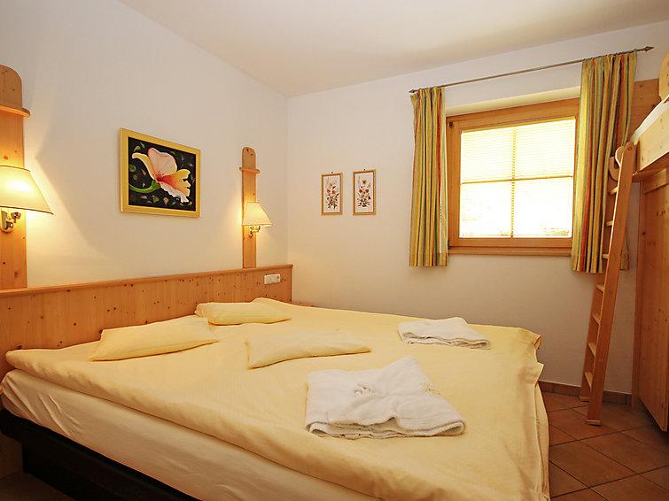Wellness wintersportappartement met overdekt zwembad, hamam, zonnebank en sauna (Manuela 3p) (I-285)