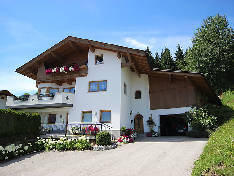 Hippach accommodation chalets for rent in Hippach apartments to rent in Hippach holiday homes to rent in Hippach