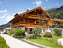 Mayrhofen - Holiday House Hauser