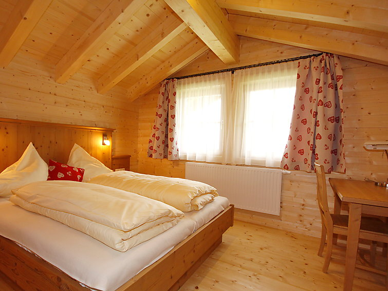 8 persons holidayhome Antonia at 500m from the ski ring with sauna and wifi in Tirol (AT6290.580.1)