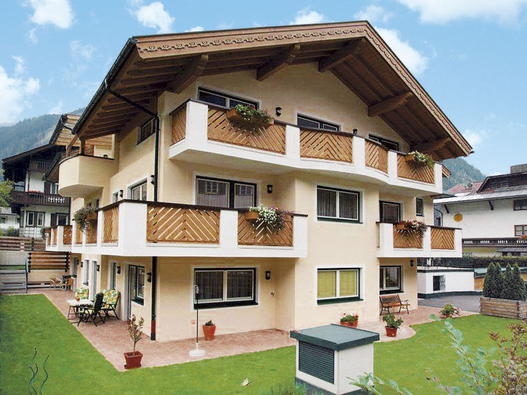 Rosa (MHO133) Apartment in Mayrhofen